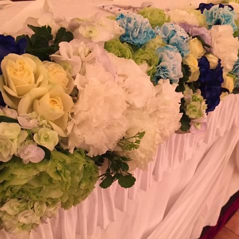 ブルー系の好きな新婦のブライダル装花サムネイル